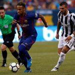 Neymar double gives Barcelona 2-1 win over Juventus