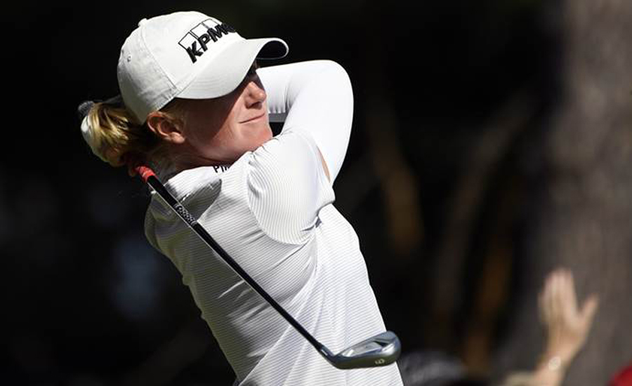 Golf: Stacy Lewis vaults into tie for lead in Portland