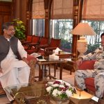Chief of Naval Staff Admiral Zafar Mahmood calls on PM Abbasi