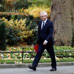 Britain wants trade deal with EU 'much closer than Canada': Davis