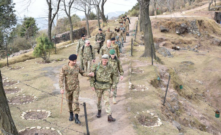 Foreign defence attaches visit LoC