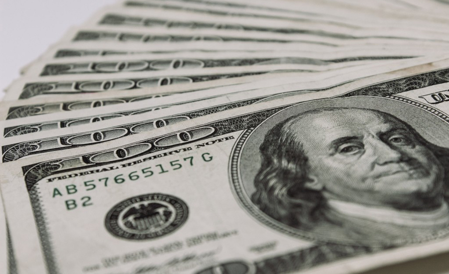 US dollar reaches record high of Rs128 in interbank market