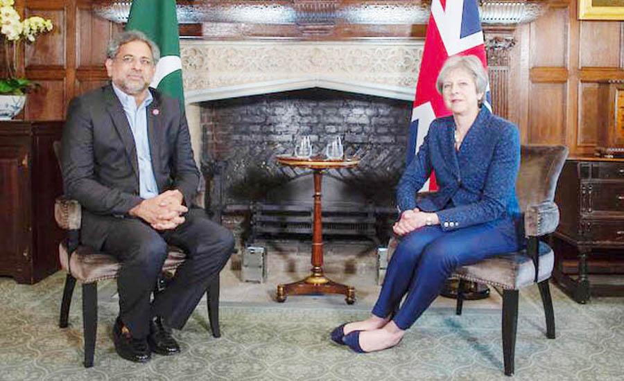 PM Shahid Abbasi, British PM Theresa May hold one-to-one meeting