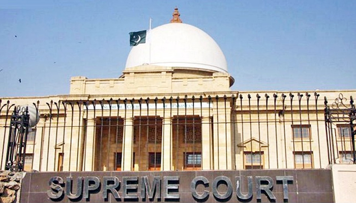 CJP warns of issuing contempt of court notices to PM, Sindh CM