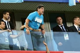 Maradona appears to need assistance at Argentina match - video
