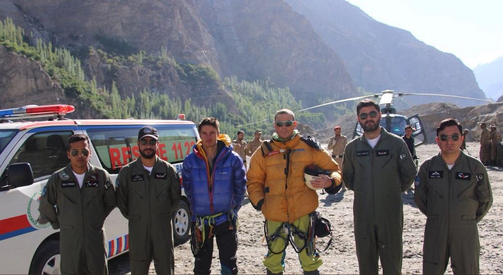Pakistan Army rescues foreign mountaineers in daring rescue