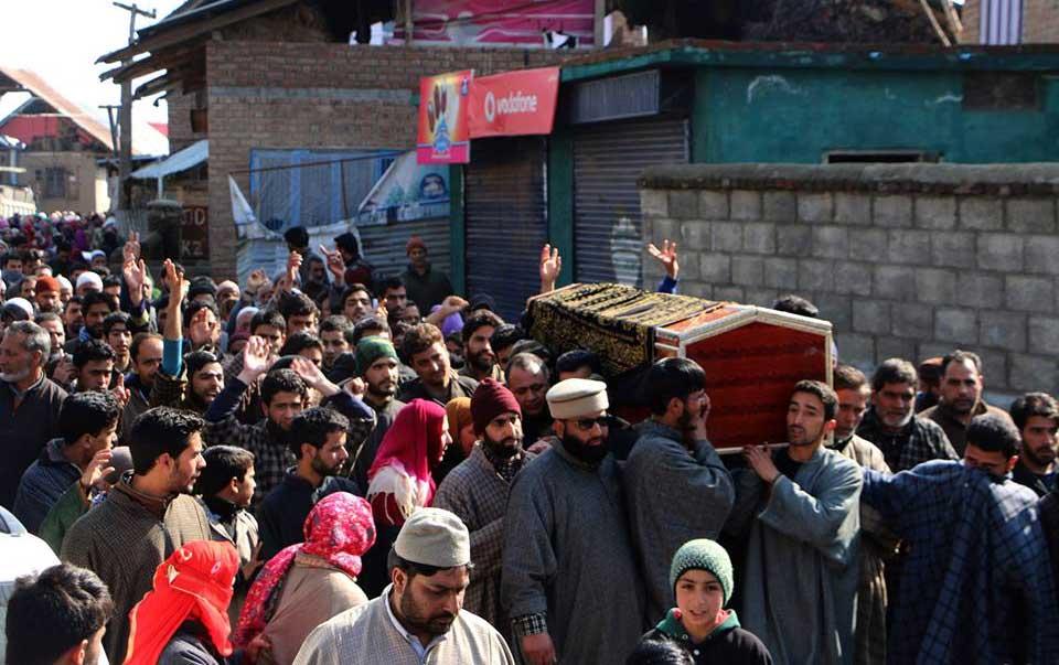 Indian troops martyr 21 Kashmiris in July