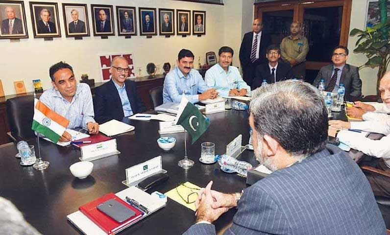 Pakistani, Indian water commissioners talk to resume today