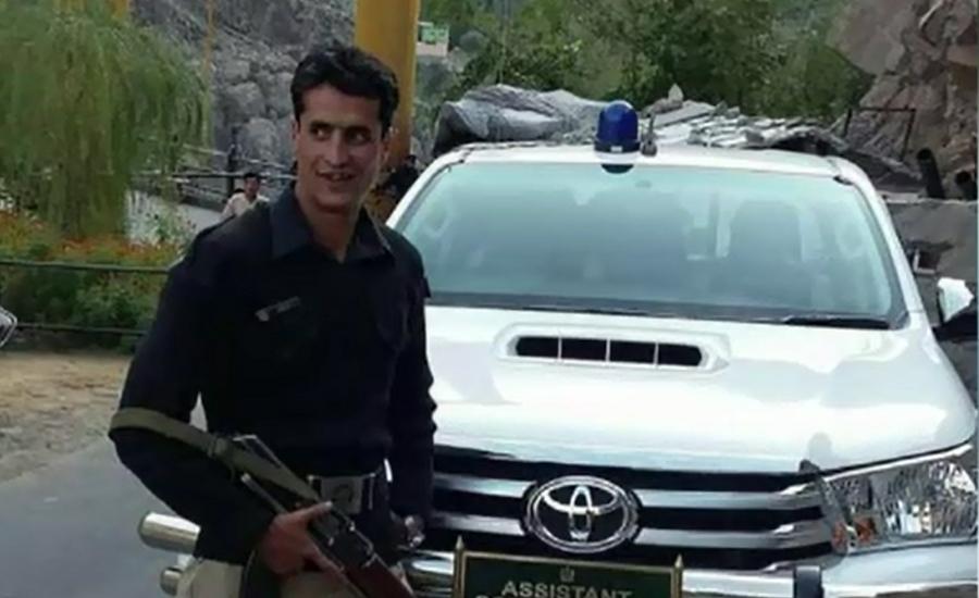 Cop martyred, three terrorists held in Diamir operation