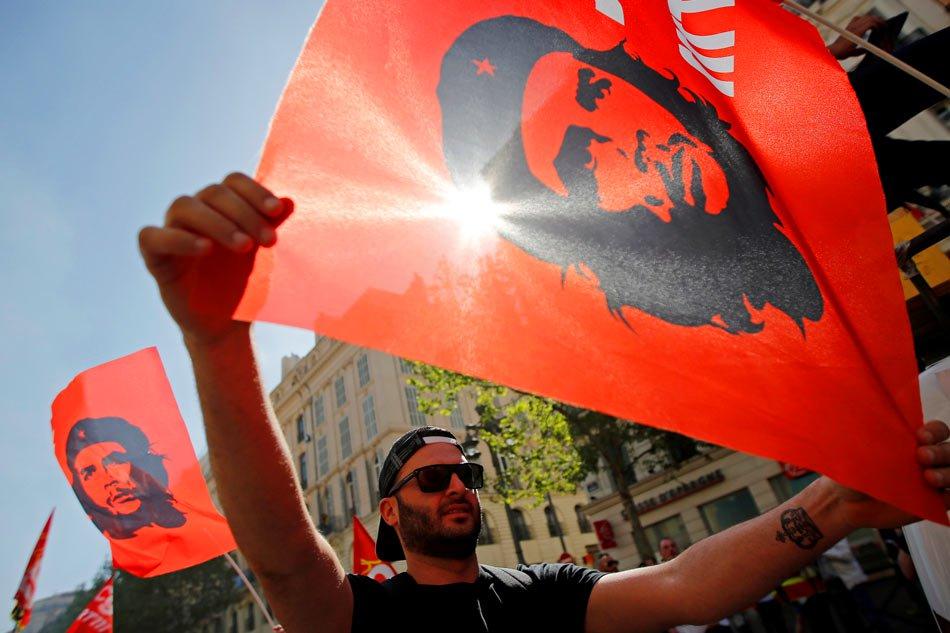 Che Guevara poster artist looks back on 50 revolutionary years