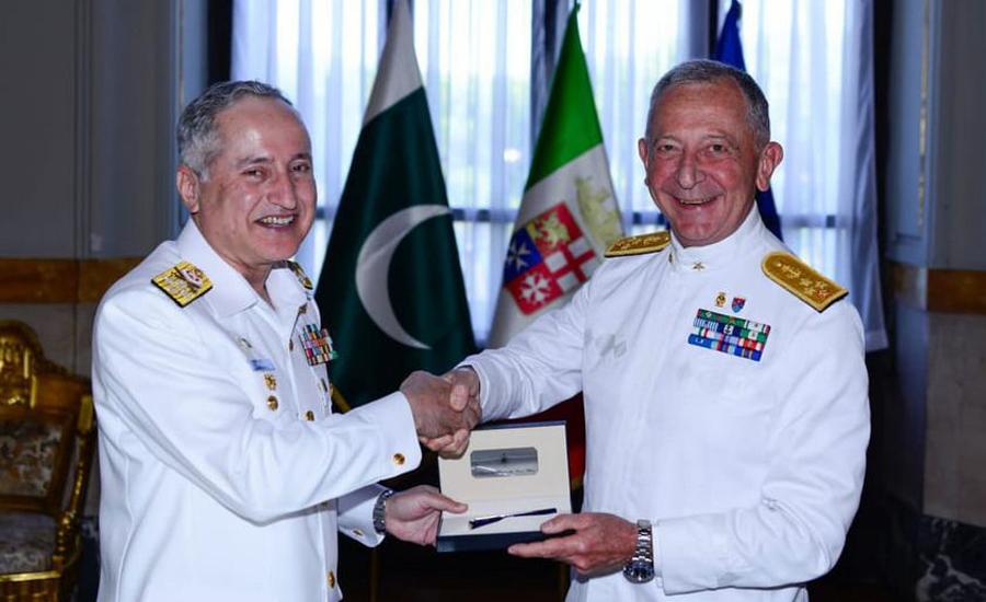 CNS Abbasi meets Italian Admiral Girardelli, delivers lecture at Italian college