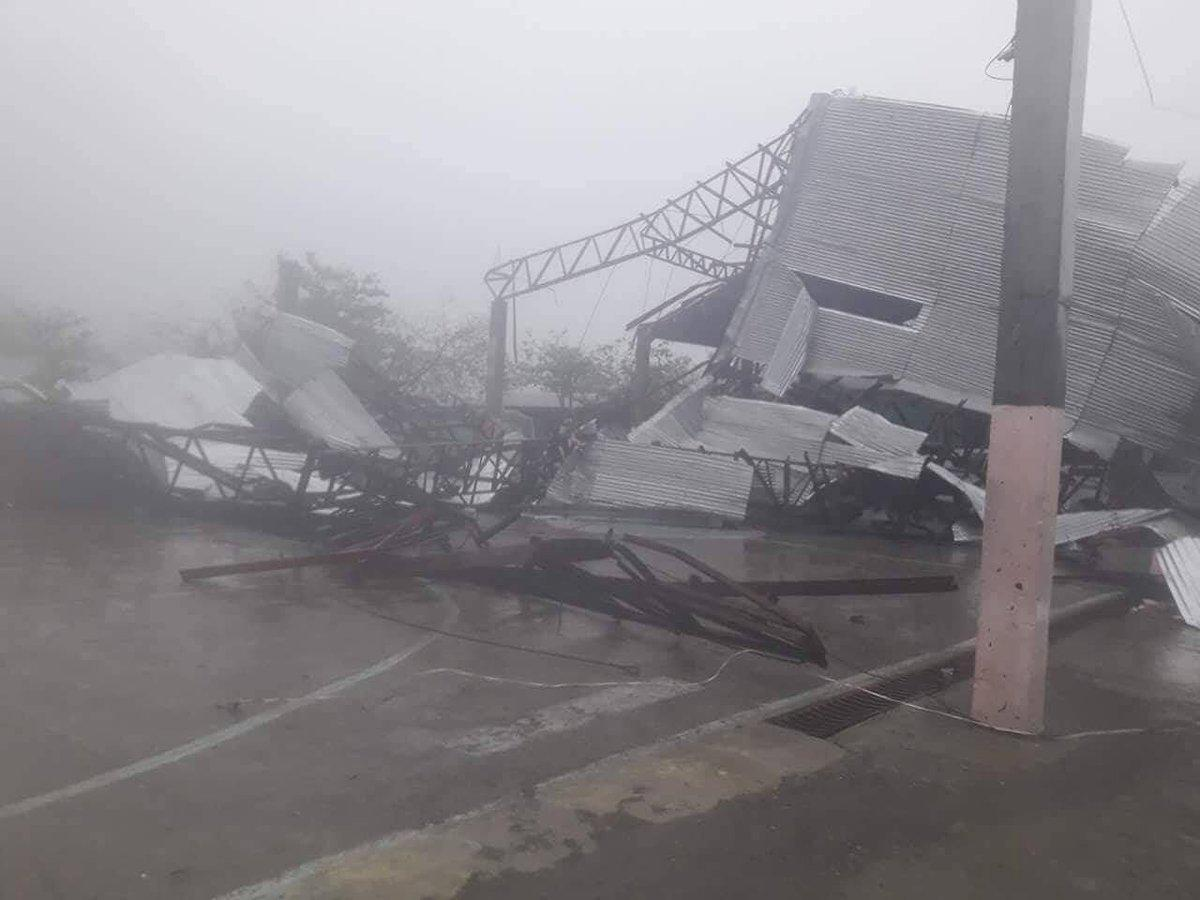 Super typhoon smashes towards China after pummeling Philippines