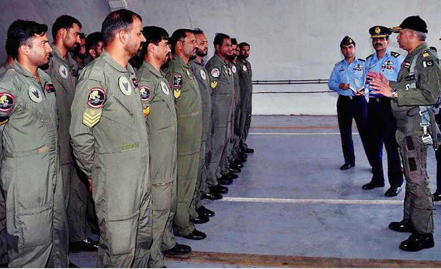 Air Chief Marshal Mujahid Anwar Khan visits operational airbase in Karachi