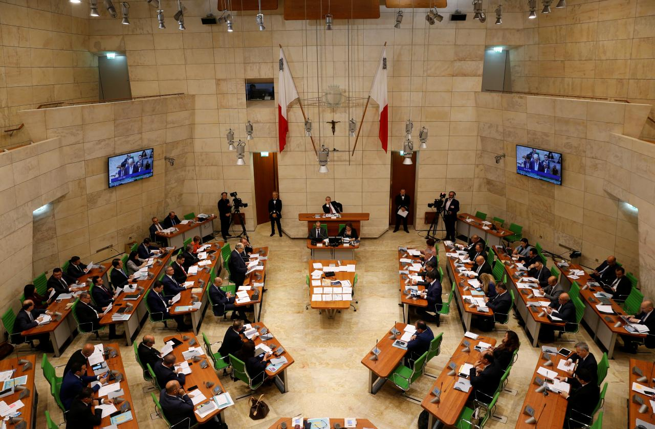 Malta says expects to maintain budget surplus, strong growth in 2019