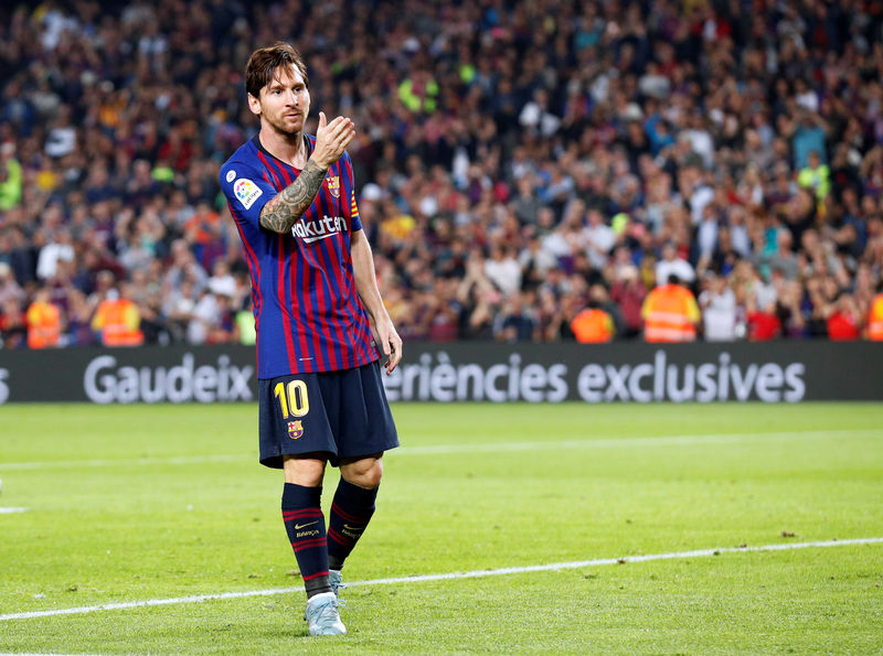 Messi ruled out for three weeks with fractured arm