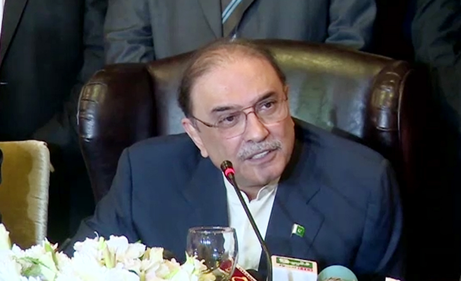 Never allow anyone to snatch right of Sindh, warns Zardari