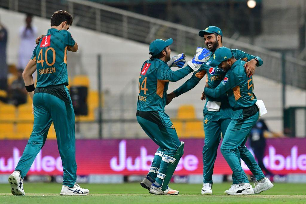 Pakistan secure closely fought T20I opener