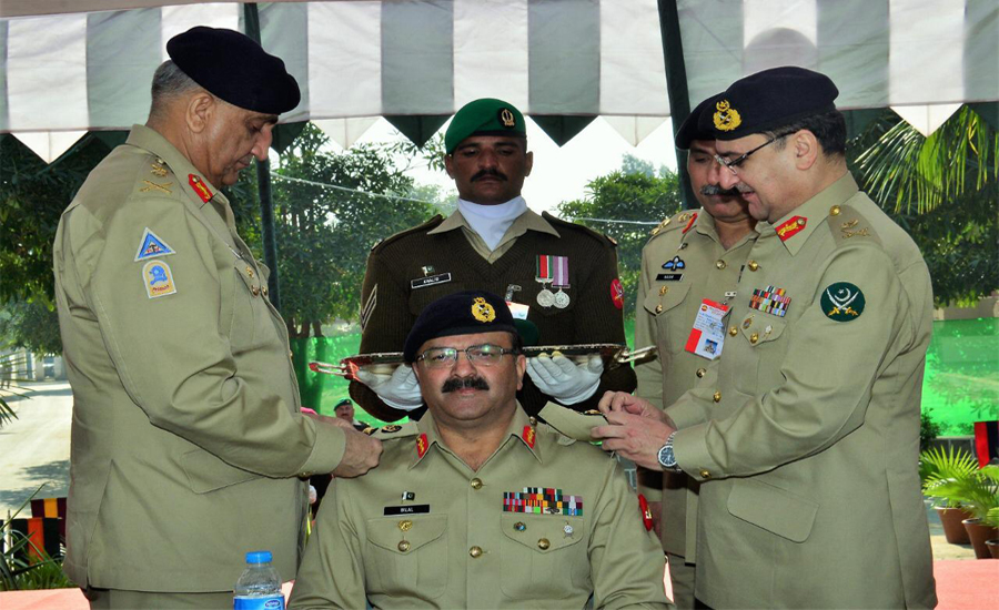 COAS installs Lt Gen Bilal Akbar as Colonel Commandant Mujahid Force