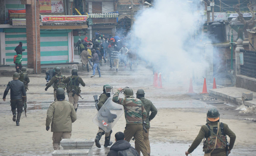 Four Kashmiri youths martyred, five Indian soldiers killed in IHK