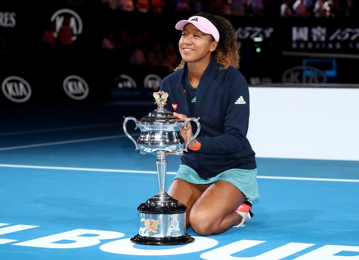Osaka edges Kvitova to claim Australian Open crown