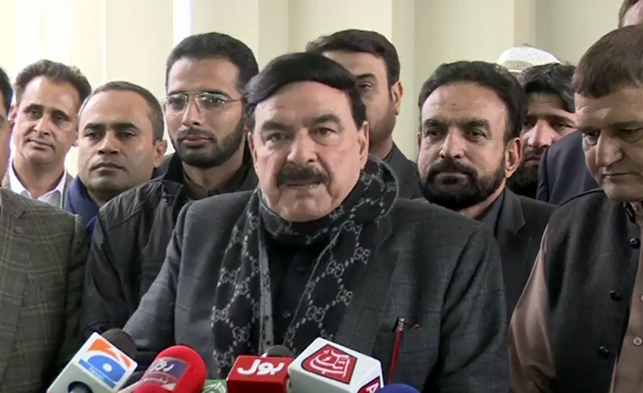 Rasheed apologises from passengers for inconvenience