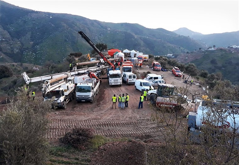 Spanish rescuers start drilling to reach boy trapped in well