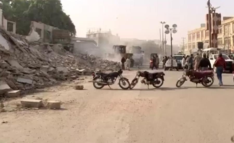 Anti-encroachment operation continues around Karachi Zoo