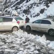 Tourists, trapped, road blockage, Abbottabad