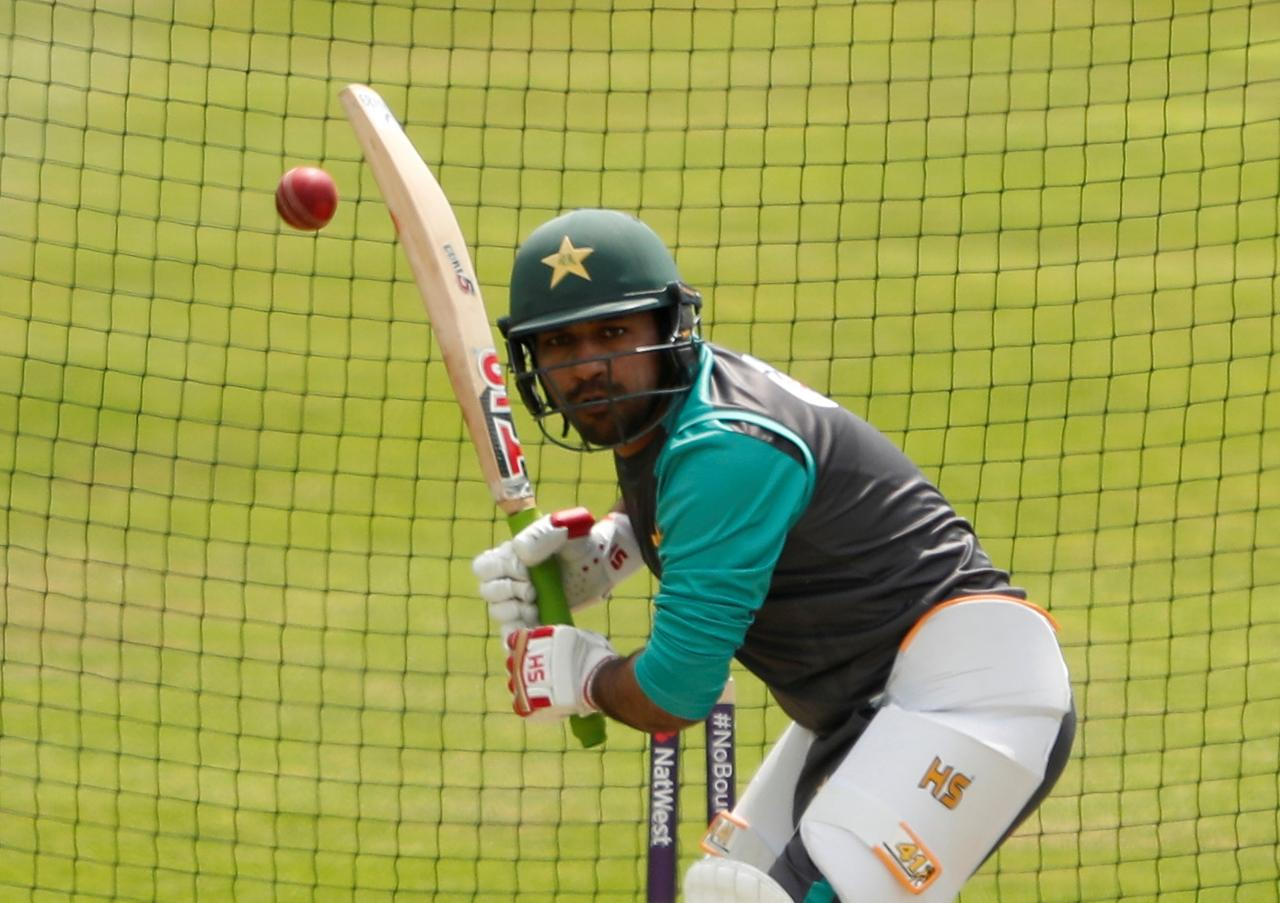 Sarfraz apologises for controversial taunt during ODI against South Africa