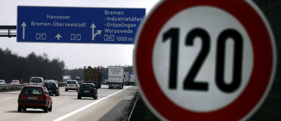 Most Germans favor speed limits on the Autobahn