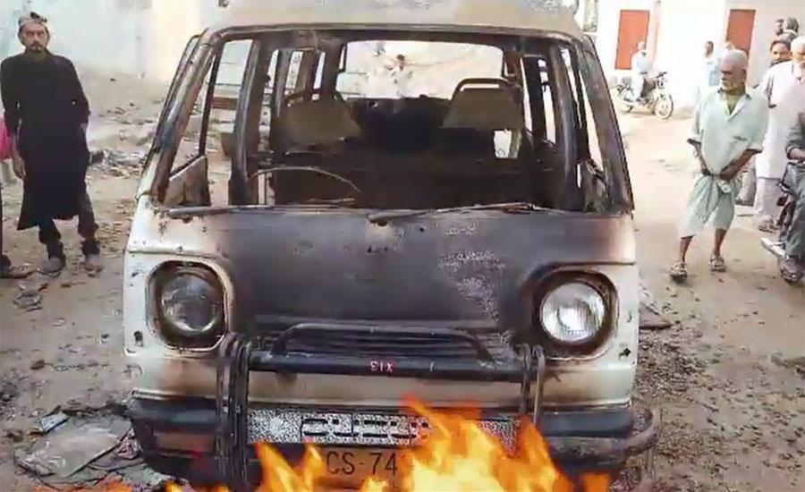 Eight kids receive burns as school van catches fire in Karachi