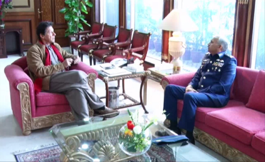 Air Chief Marshal Mujahid Anwar Khan calls on Prime Minister Imran Khan