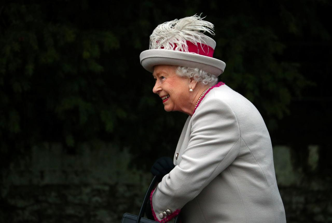 The Queen to be evacuated in case of Brexit unrest