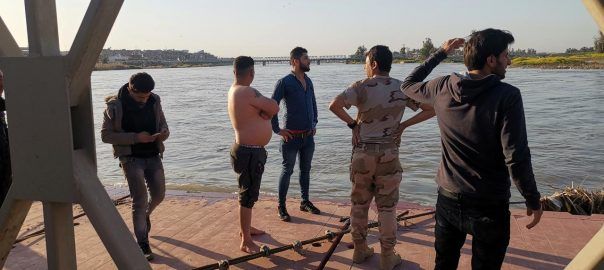 72 killed ferry sinks Iraq Tigris river