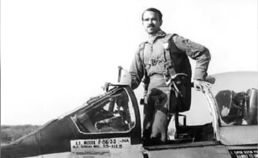 Pakistan remembers 1965 War Hero MM Alam on 6th death anniversary