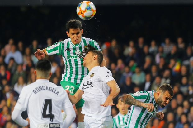 Valencia to face Barca in Copa final after seeing off Betis