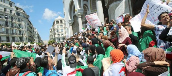 Hundreds, thousands, protest, Algeria's, ruling elite