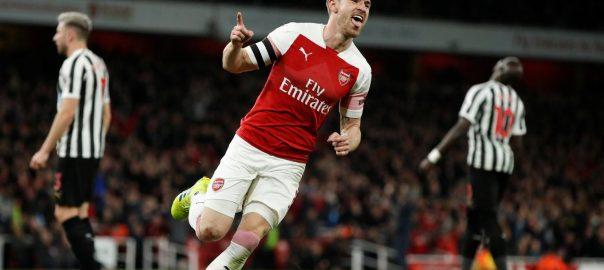 Arsenal, climb, third, victory, Newcastle, Premier, League