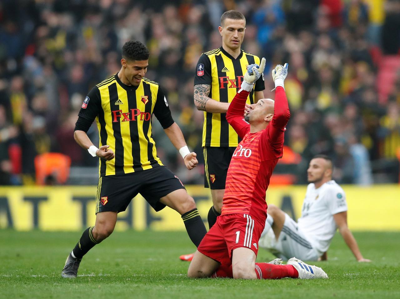 Two-goal Deulofeu is Watford's Cup hero in impressive fightback