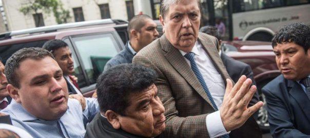 Garcia Peru former prresident shooting himself arrest