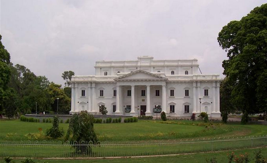Bureaucracy reshuffled in Punjab
