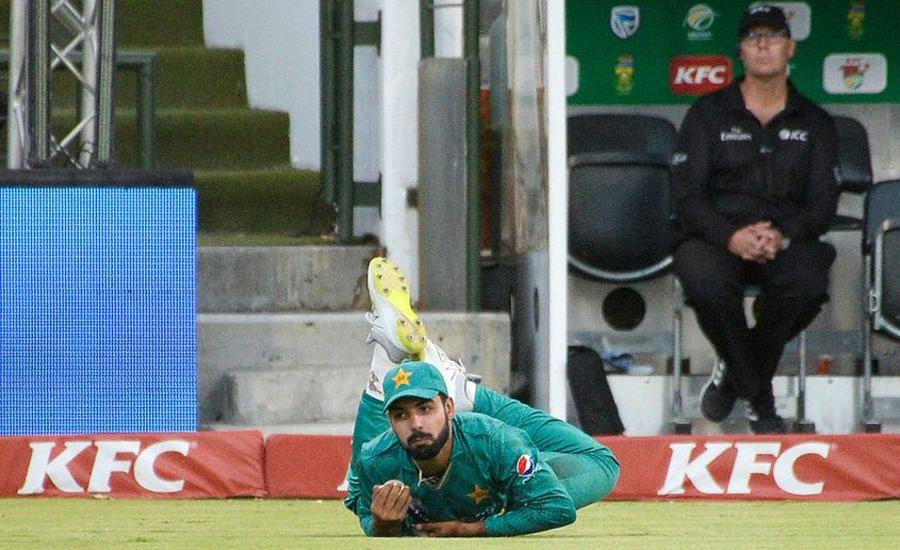 Shadab, Khan, advised, complete, rest, eyes, World Cup, return