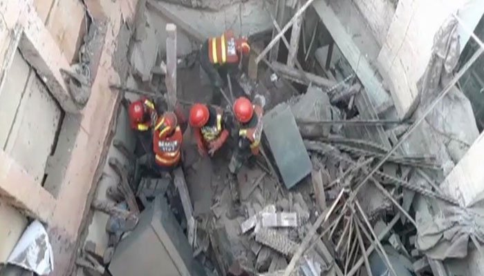 Two women among six killed in Lahore building collapse