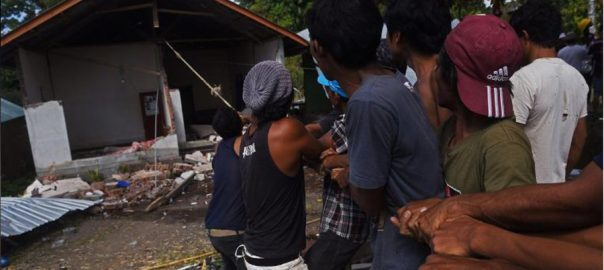 Indonesia, tsunami, warning, magnitude 6.8, quake, Sulawesi