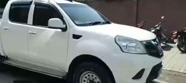 Sheikhupura policemen van police van policemen died overturned