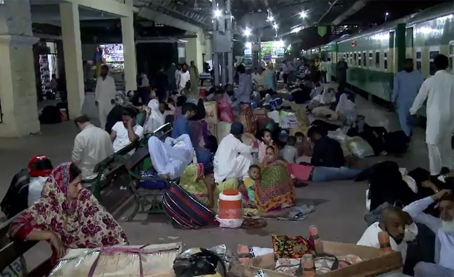 Passengers spend night at platforms due disruption of train traffic