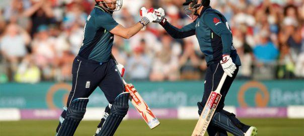 Bairstow, supreme, England, beat, Pakistan, ODI