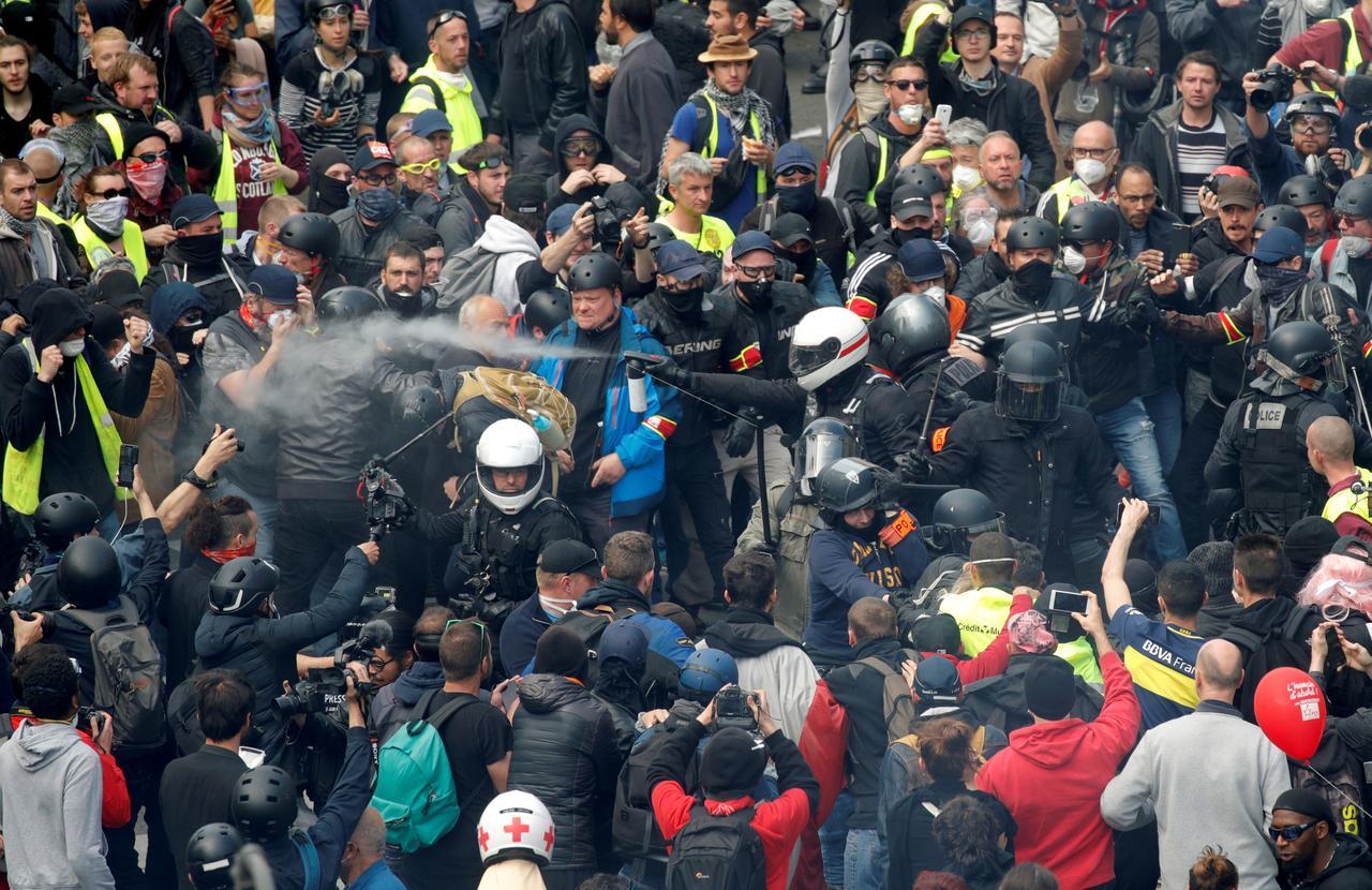 FRENCH YELLOW VEST PROTEST EUROPEAN ELECTION MACRON TAX ECONOMY