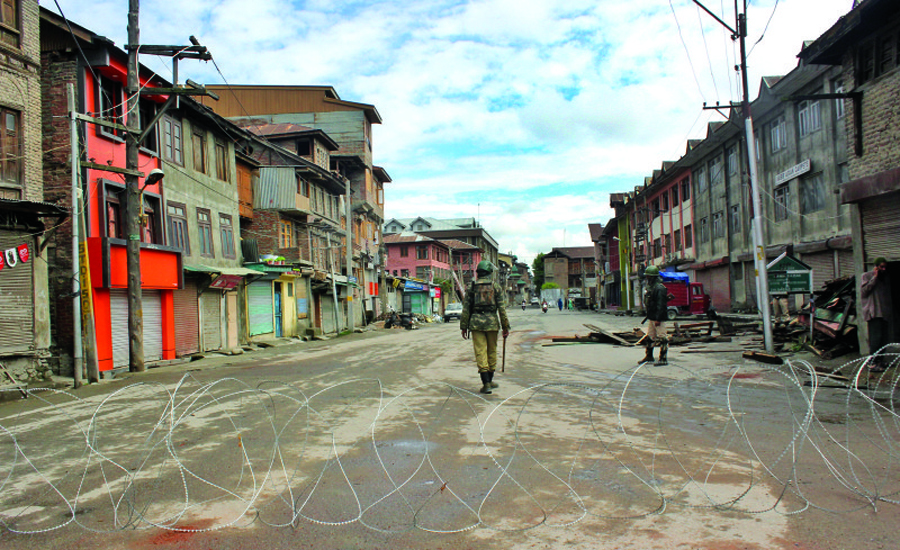 Lockdown of Kashmir valley continues for 27th day