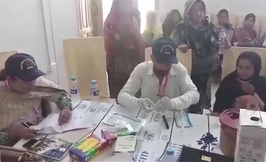hiv aids children women doctor muzaffar ghangro sindh healthcare commission